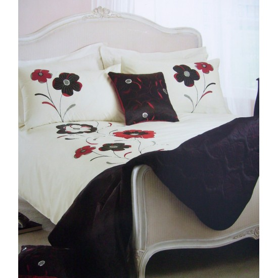 Dreams and Drapes Dauphine Duvet Cover Set